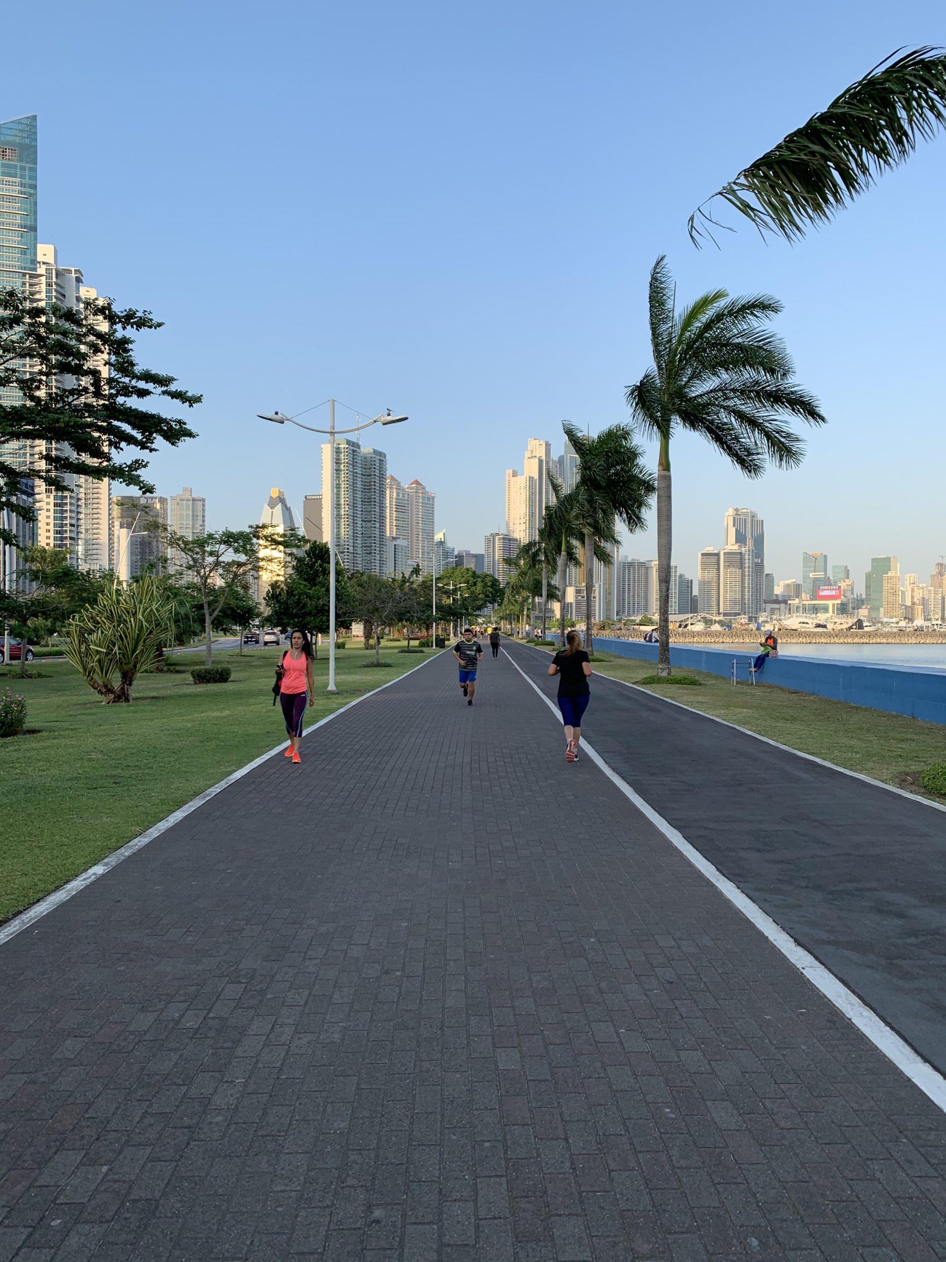 Panama Avenida Balboa